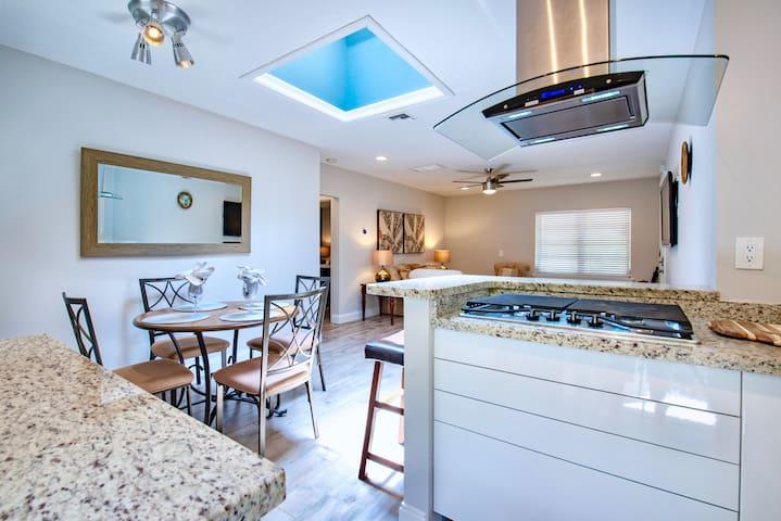 Palmtree Villa | Poolside Luxury 2BR/2BA