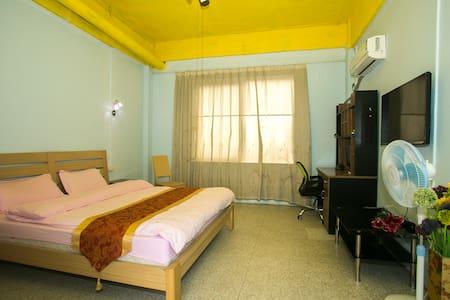 大学城新造度假主题公寓大床房特价短租 - Guangzhou - Huoneisto