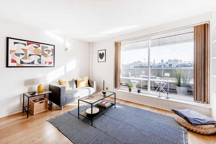 PERFECTLY LOCATED 1-BED APARTMENT COVENT GARDEN