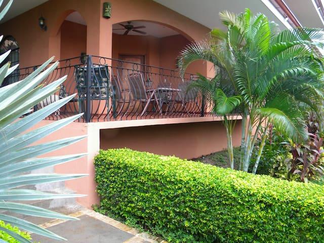 Casa Mimosa--Garden Villa - Playa Flamingo - Apartment
