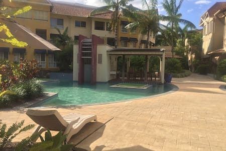 Luxury Apartment in a resort - Cairns North