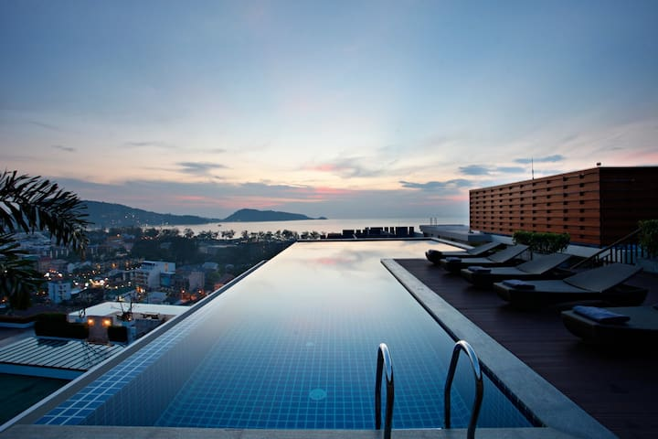 SUNSET-SEAVIEW PATONG 70sqm\15mTerrace+Sunset Pool