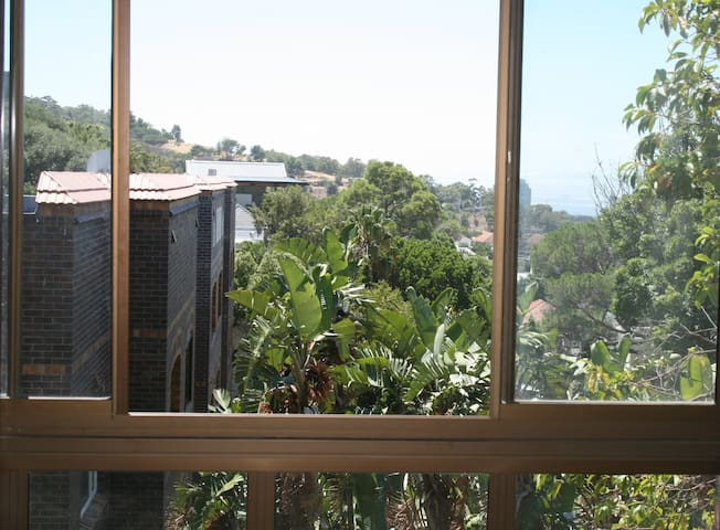 Charming 1-bedroom close to Table Mountain