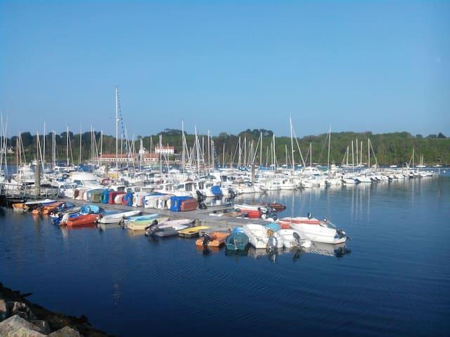 Gîte de la Marina en face du port de plaisance
