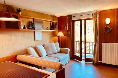 Charming apartment in Monterosa Ski by slopes