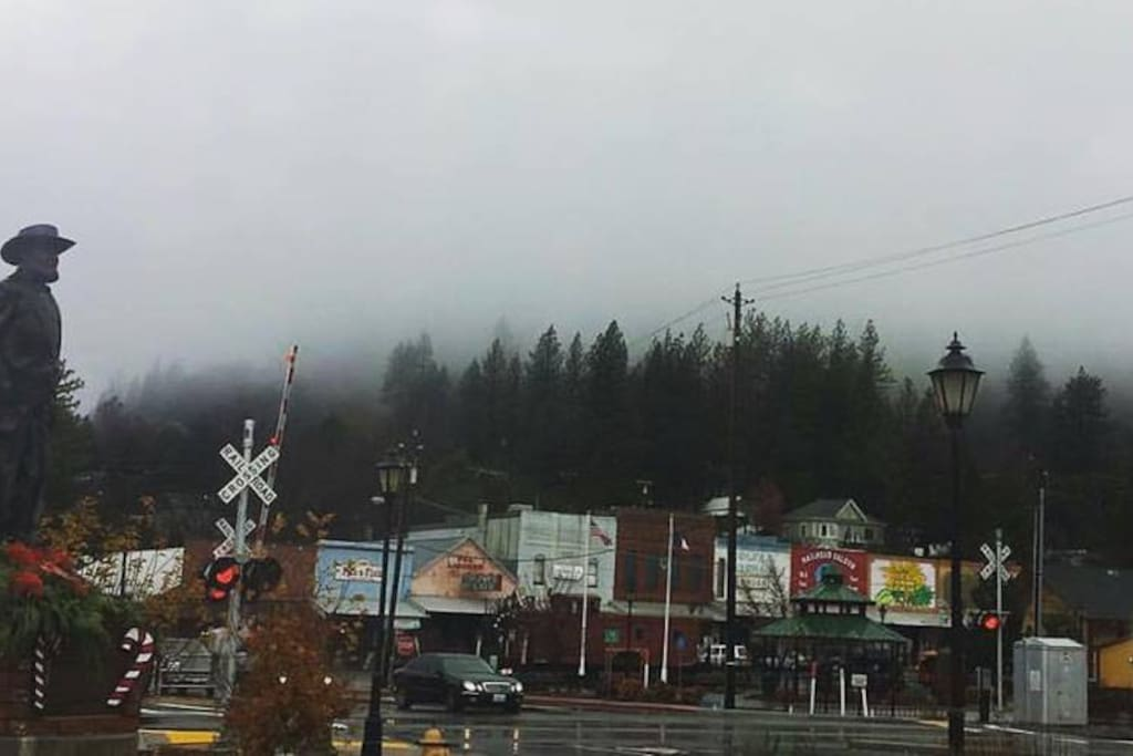 Town of Colfax on a rainy/foggy winter day