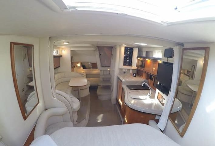Harbor view yacht room