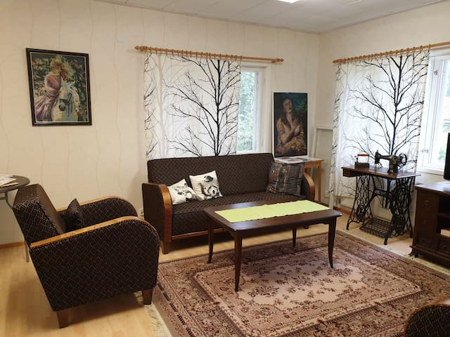 Lakehouse Guest Wing for friendly, nice travellers