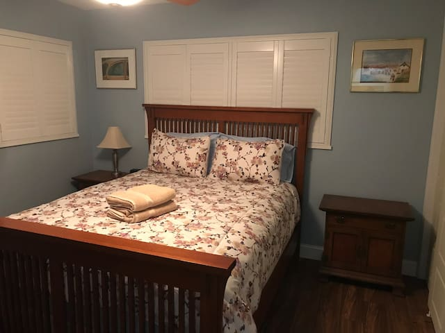 Sandpiper 2 - Amazing Guest Bedroom