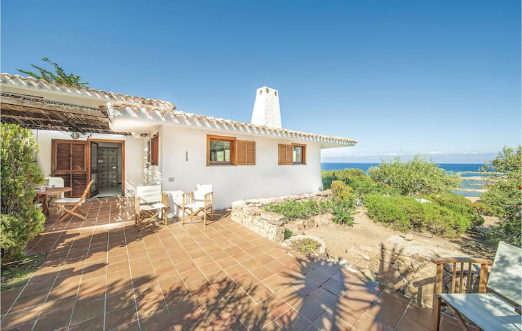 Holiday cottage with 3 bedrooms on 120m² in Portobello Gallura OT