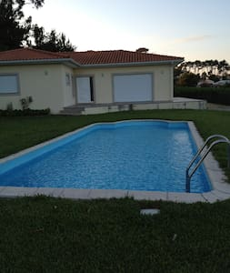 Suite for 1/2 in nice house with swimming pool - Barqueiros - Rumah