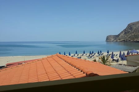 two bedroom  apartment in front of Fodele beach - Φόδελε