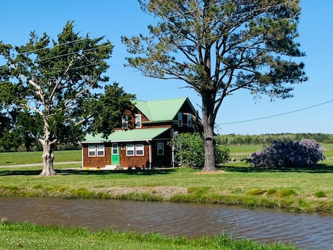 Farm House - 1 mile from Pamlico Sound