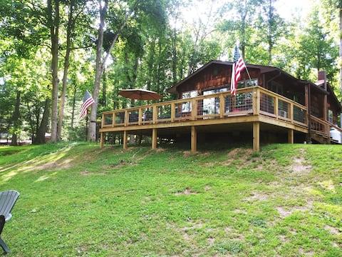 Excepcional cabaña en el río Jackson!!!!