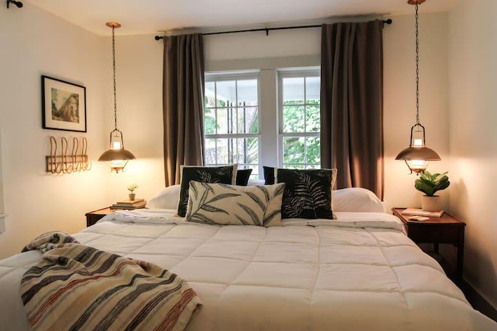 Downstairs - king bedroom