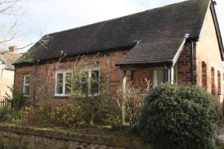 Quiet, self contained luxury Barn conversion. - Cheshire East