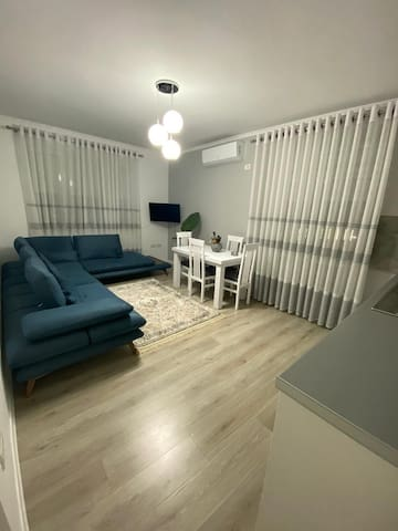 Korca Warm & Nice Apartment in Center of the city
