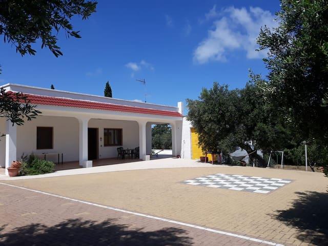 Villa Aurea: spacious Villa in Monopoli.