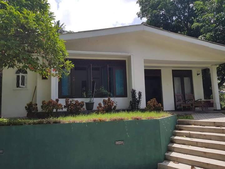 Nilu Lanka villa