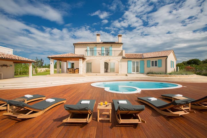 Villa Aurora - amazing Villa in Bale near Rovinj - Bale - Vila