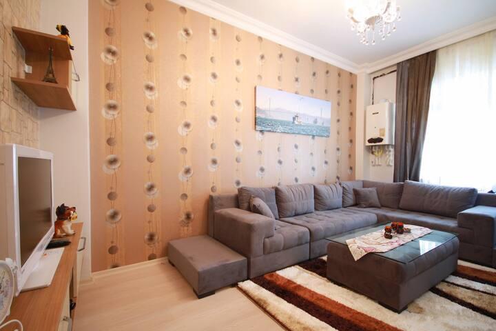 1+1 FAMILY APARTMENT IN ISTANBUL BEŞİKTAS BAZAAR - Beşiktaş - Appartement