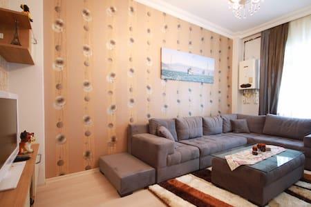 1+1 FAMILY APARTMENT IN ISTANBUL BEŞİKTAS BAZAAR - Beşiktaş - Daire