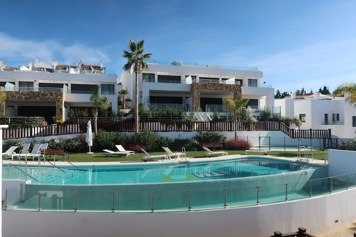 Luxury 3 Bed House Puerto Banus