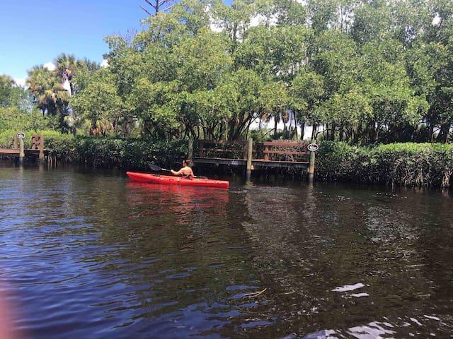 """Waterfront Cottage in Historic Bonita Springs"""