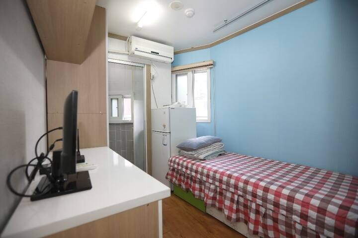 Gangnam Guest House / Private Room(2.6)