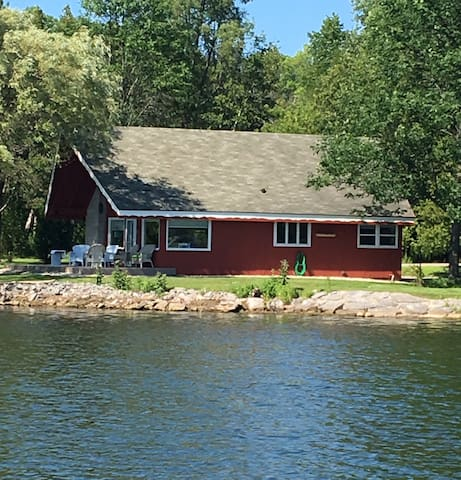 Chalet On The Shore - Sturgeon Bay - Ház