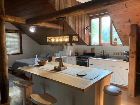 The Durham - Charming farmhouse studio