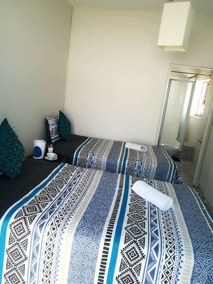 Millar Park Lodge - Sharing room