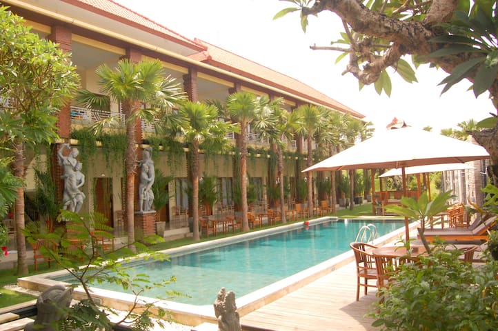 Private Double Room North Wing Canggu 5