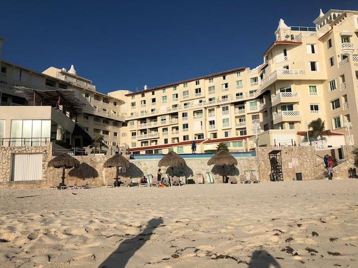 Hermosa suite a pie de playa