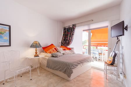 studio flat by the beautiful mallorcan sea - Flat