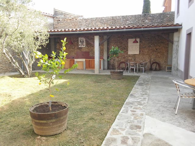 Minervois winegrower's cottage