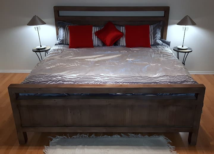 King size suite and bed