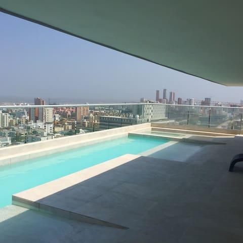 Apto amoblado excelente ubicación!! - Barranquilla - Flat