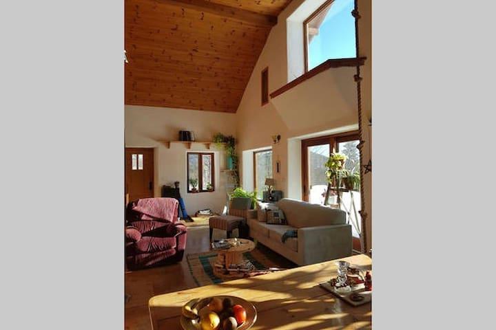 Une chambre avec vue sur les montagnes - Lac-Beauport - House