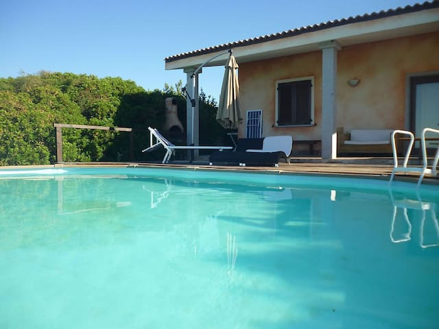 Villa Claudia with privat pool - Tergu