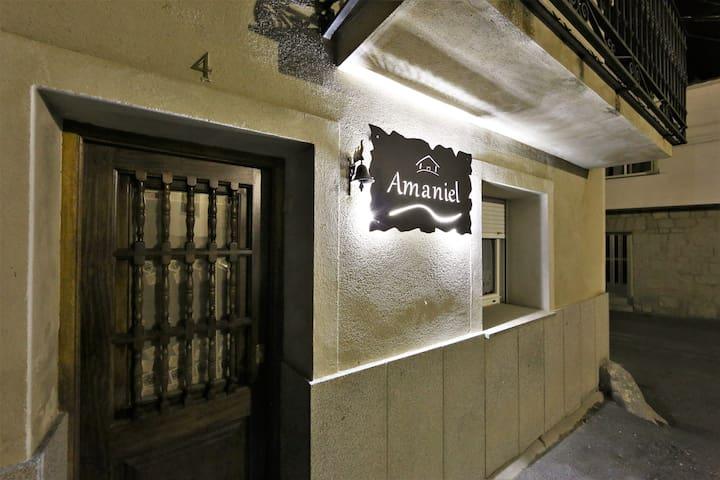 Casa Amaniel En Villacastín
