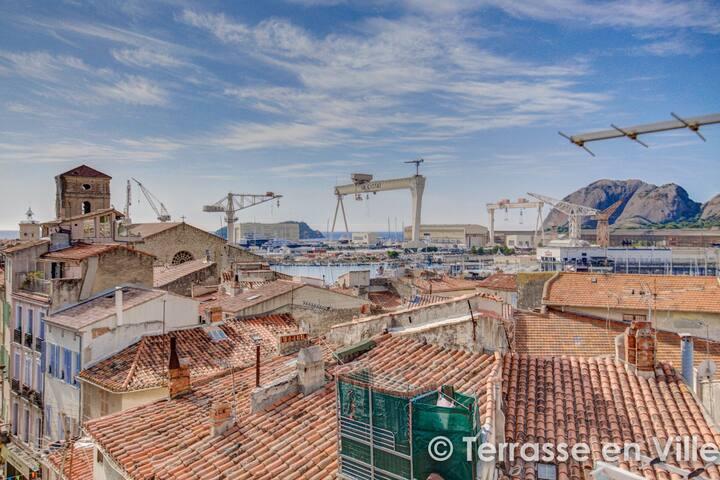 T2 Cosy et Lumineux Avec Terrasse Vue Vieux Port.