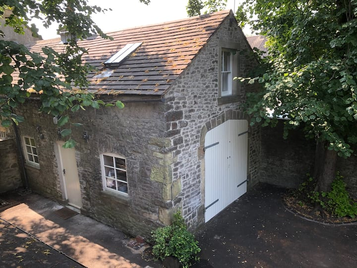 Old Vicarage Coach House, King Bed Hip Bath Studio