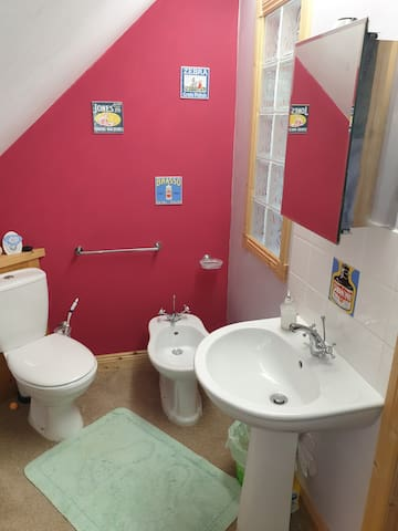 Ensuite with shower bidet basin and toilet