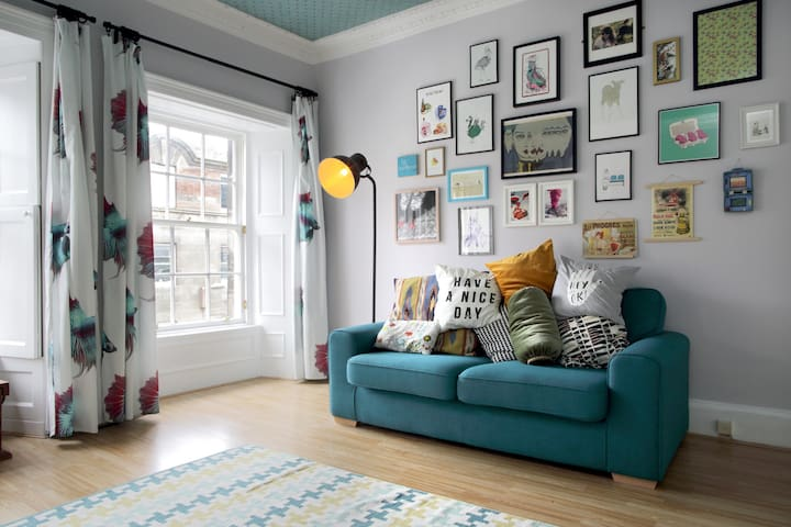 Double Room in Flat Full of Character - Edinburgh - Apartment