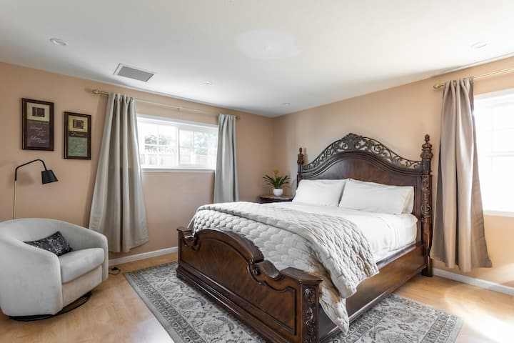 Master Bedroom Suite with large Private Bathroom