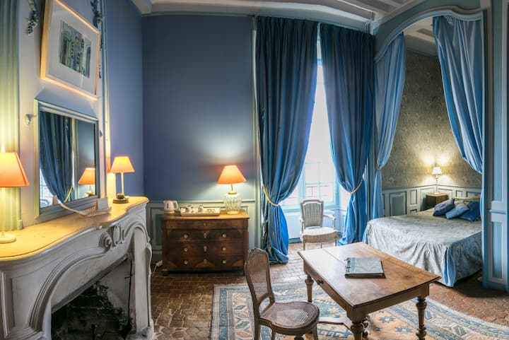 Romantic Room in the Chateau