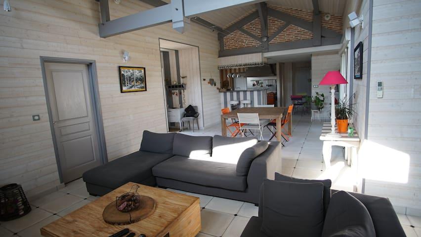 Maison avec Jardin au calme - Orx - Huis