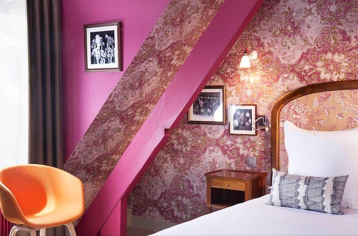 Hotel Josephine by HappyCulture - Single Room