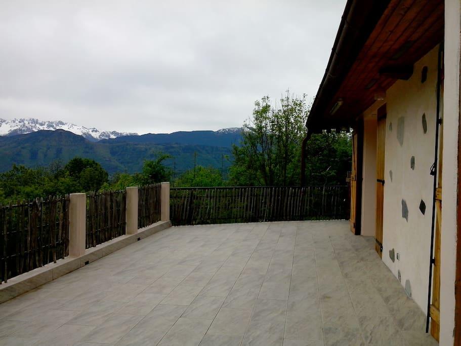 Notre terrasse l'été
